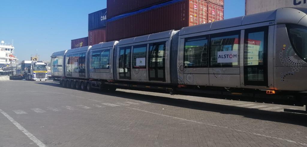 Débarquement-Ram-de-Tramway-ASTI-EUROPE-2
