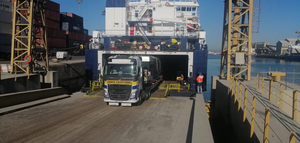 Débarquement-Ram-de-Tramway-ASTI-EUROPE-5